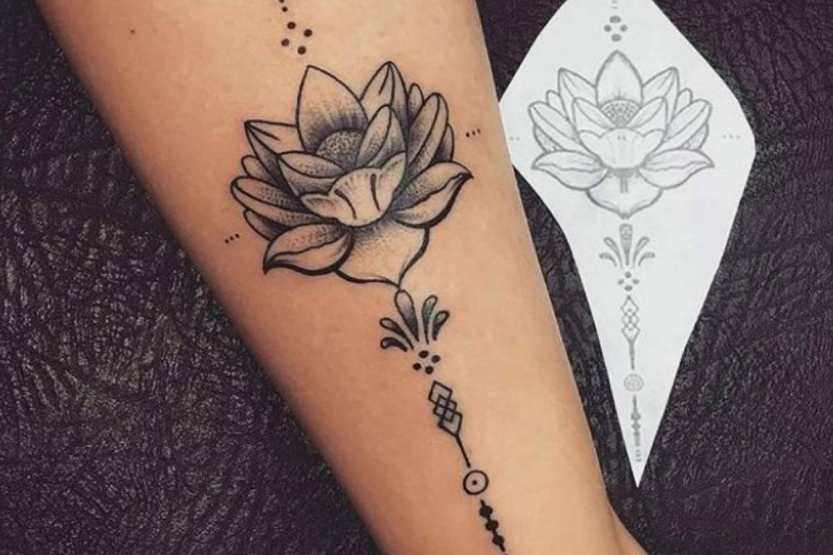 ideas de tatuajes de loto