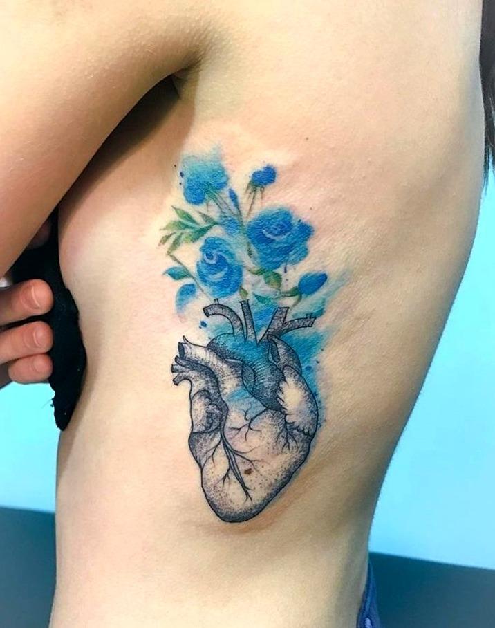Tattoos de corazones realistas
