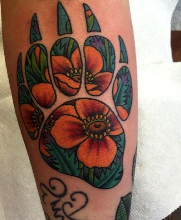 Tattoos de garras de oso