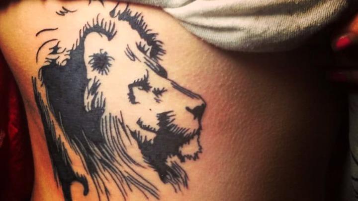 Tattoos de leones para mujeres