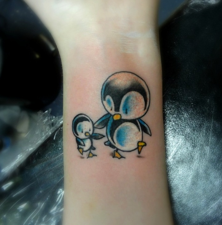 Tattoos de pingüinos bebes