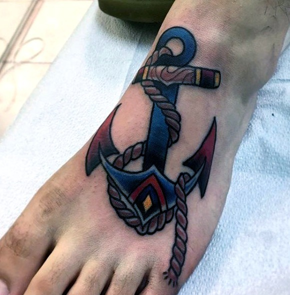 Tattoos en el pie para hombres
