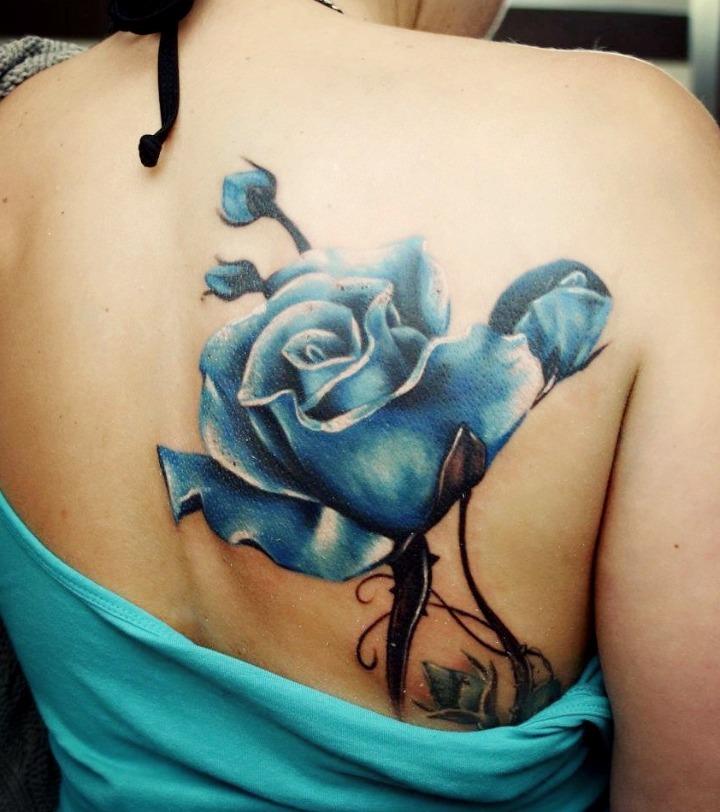 Tatuaje de rosas azules