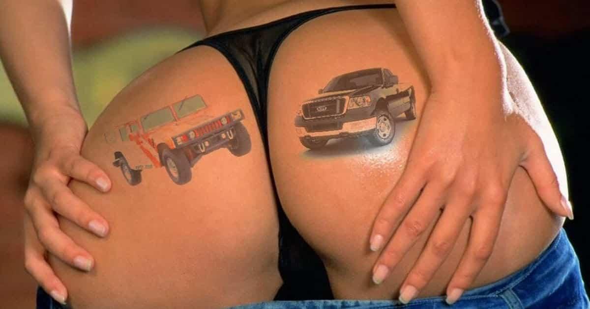 tatuaje en el culo de hummer y ford