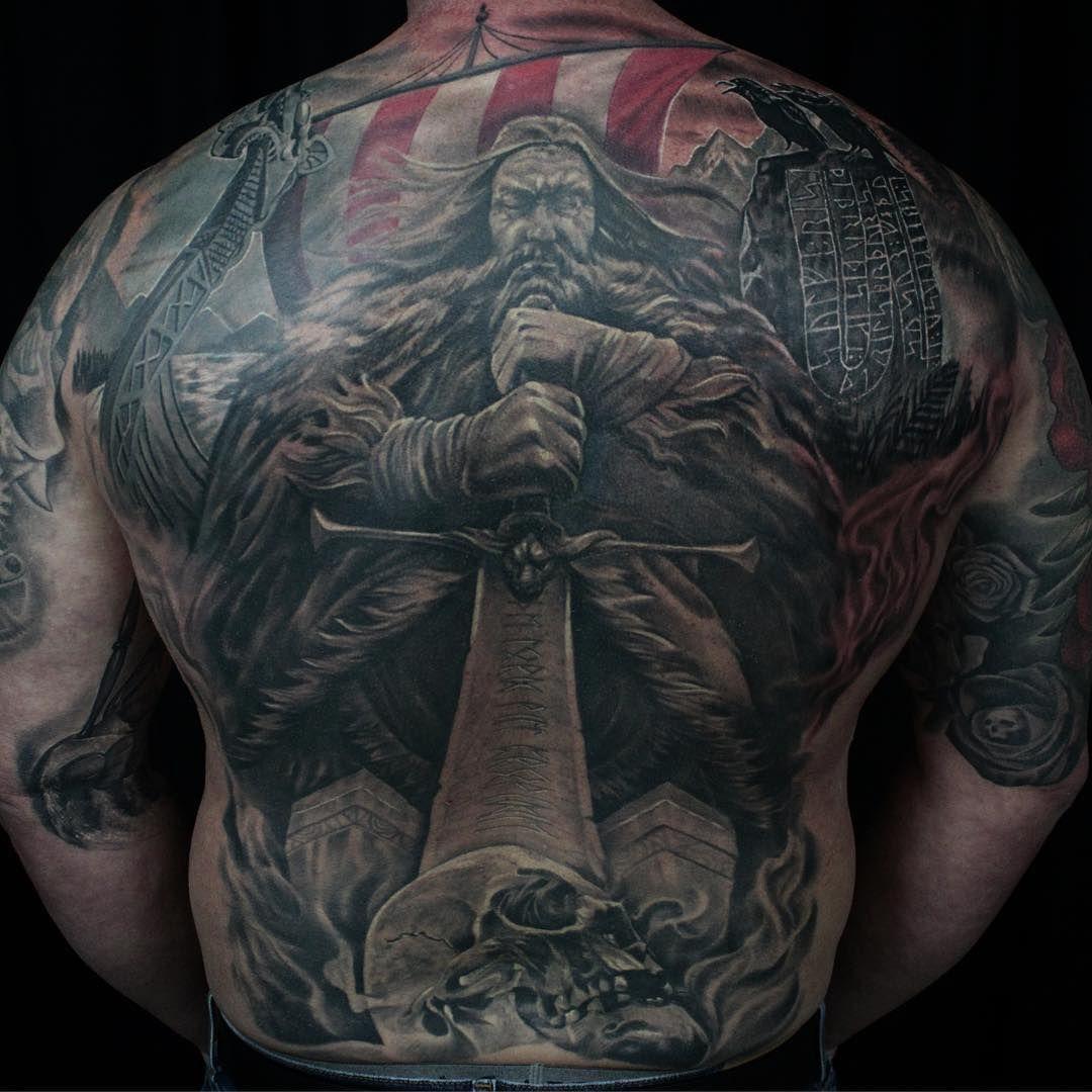 tatuaje nórdico embarcaciones