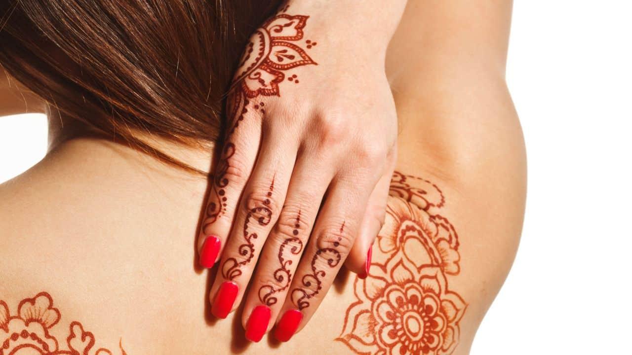 tatuaje temporal henna