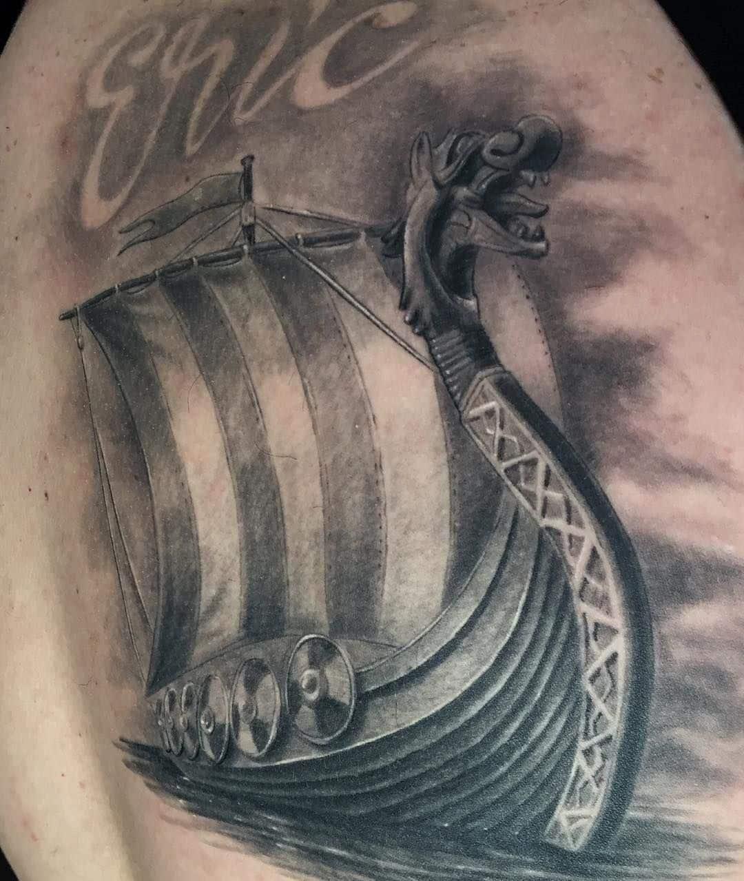 tatuajes barcos vikingos