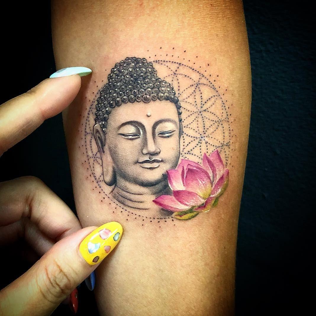 tatuajes budismo y flor de lot