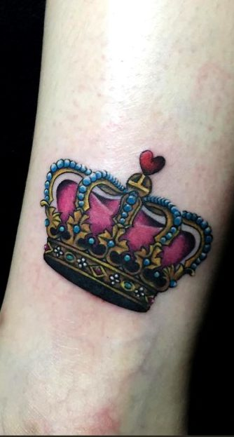 Tatuajes de coronas de princesas y reinas
