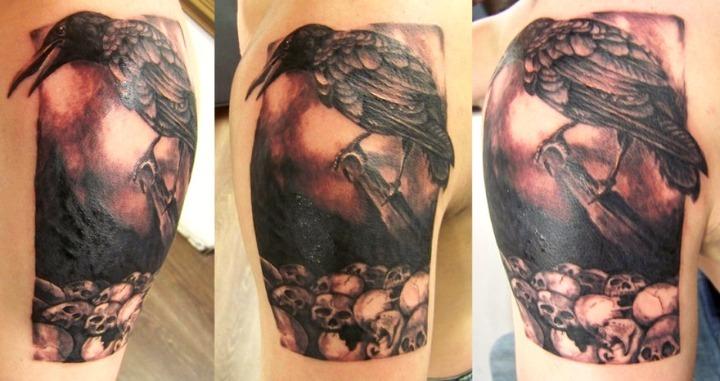 Tatuajes de cuervos con calaveras