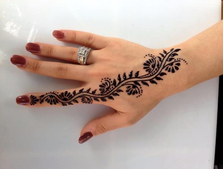 12 ideas de tatuajes de henna de hombre mujer fotos for Henna para manos