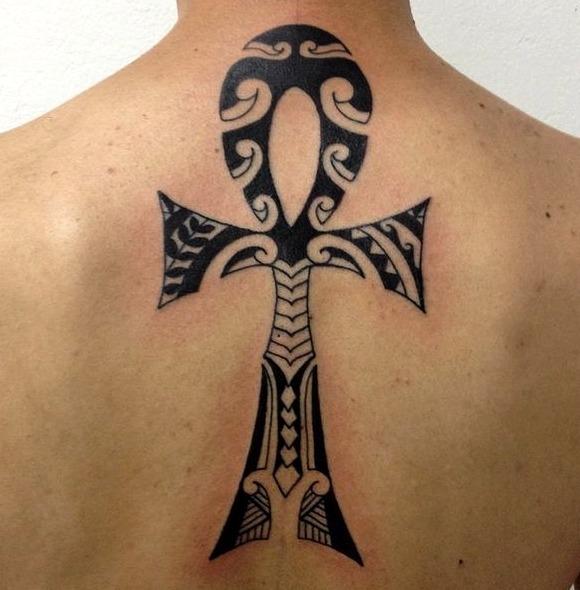 Tatuajes de la cruz egipcia