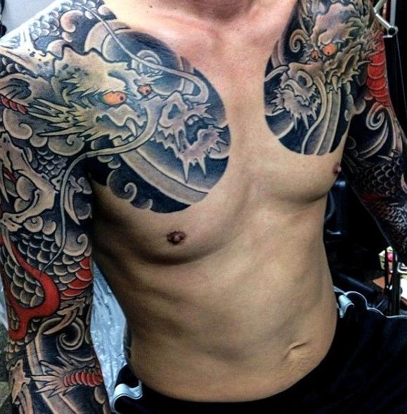 30 Ideas De Tatuajes En El Pecho De Hombremujer Significado - Tatuajes-en-pecho