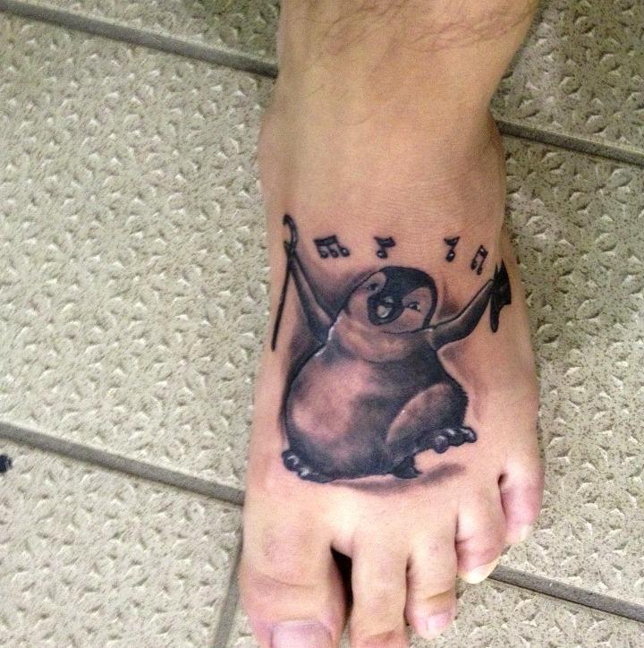 """Tatuajes de pingüinos de """"Happy feet"""""""