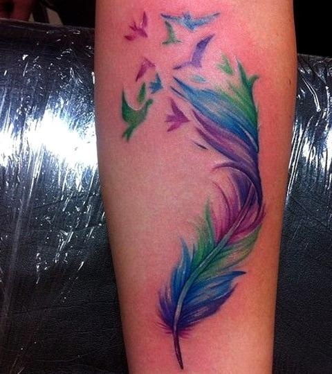 Tatuajes de plumas de pájaros