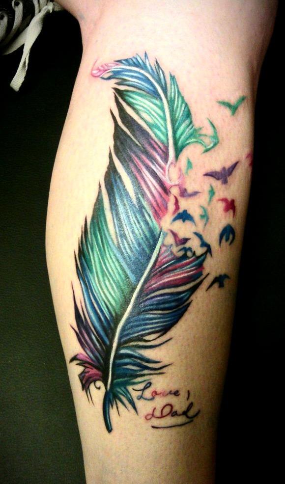 Tatuajes de plumas para mujeres