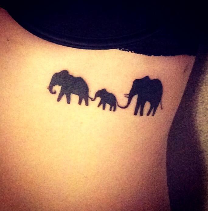 Tatuajes de siluetas de elefantes