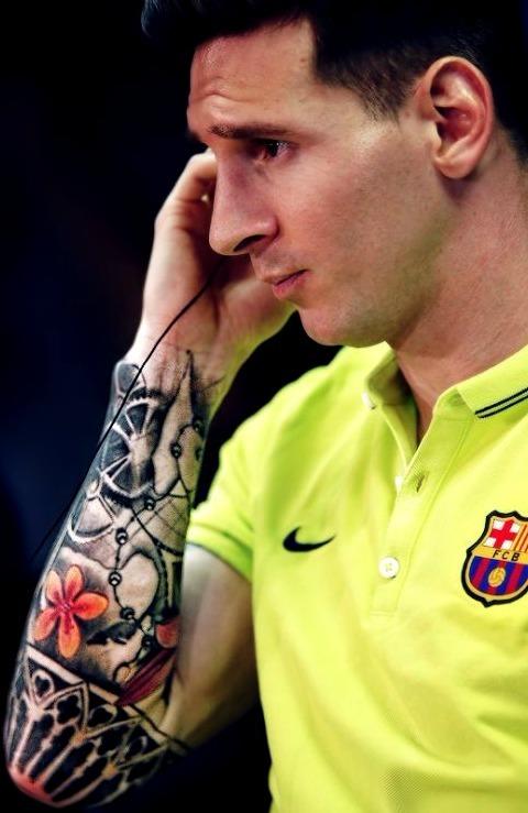 Tatuajes De Famosos El Ultimo Accesorio De Moda: ¿Cuáles Son Los Tatuajes De Lionel MESSI? 【 Descúbrelos