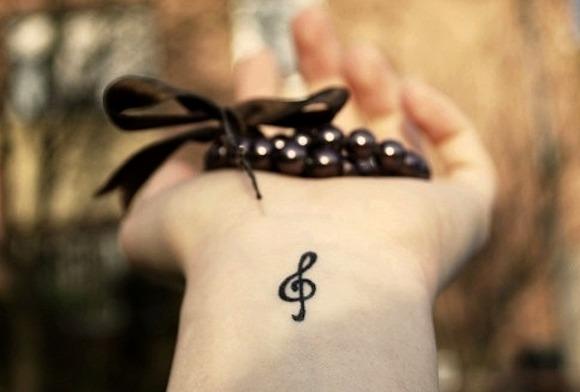 24 Ideas De Tatuajes Musicales De Hombre Mujer Fotos Significado