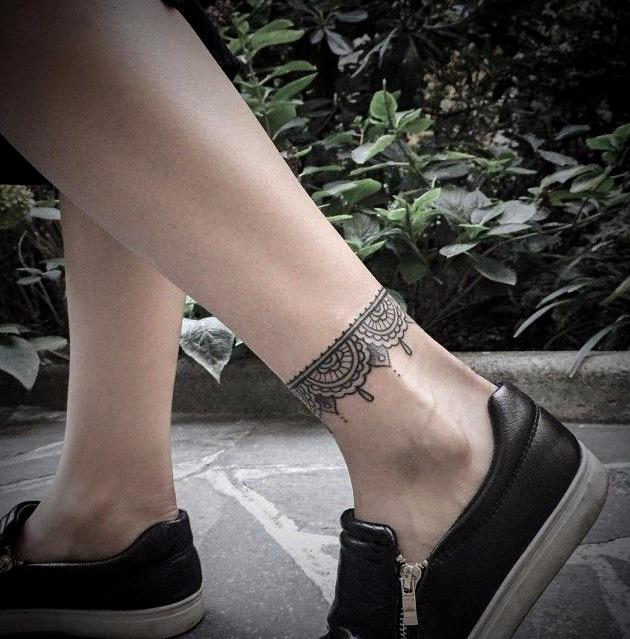 Tatuajes pulseras para mujeres