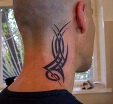 Tatuajes tribales para el cuello